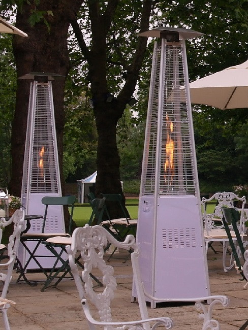 Living flame patio heater at the Hurlingham Club