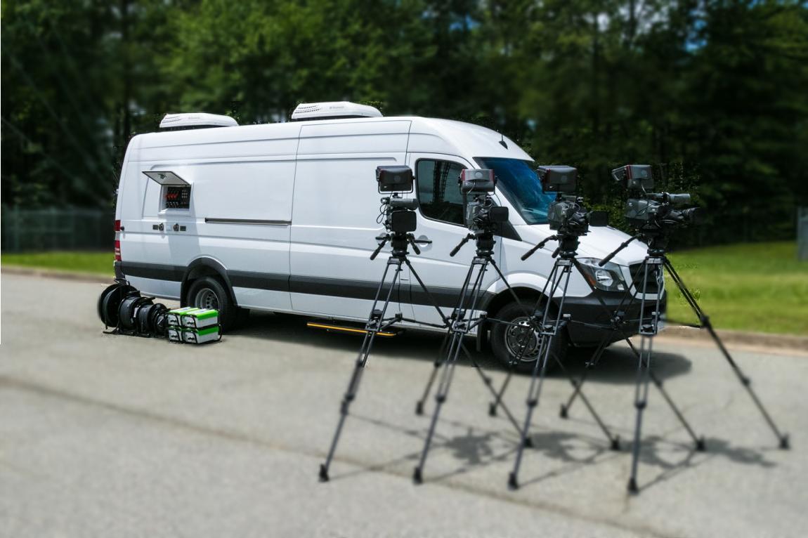 24' HD Ross Carbonite Black Van