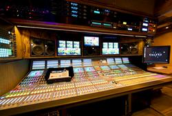 53' 3G-HD Expando | Audio Suite