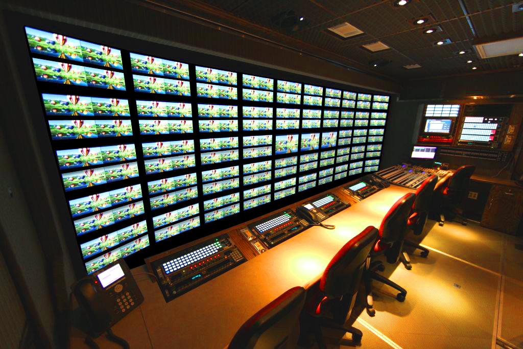 53' 3G-HD Expando | Production Bench