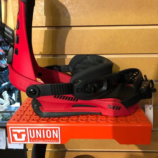 Union STR Red $259.95.jpg