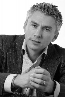 British Sporting Icon, Jonathan Edwards CBE, continues to support our vision.