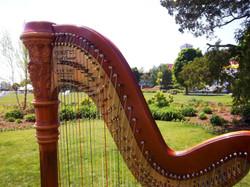 Mackinac_Island_harpist.JPG