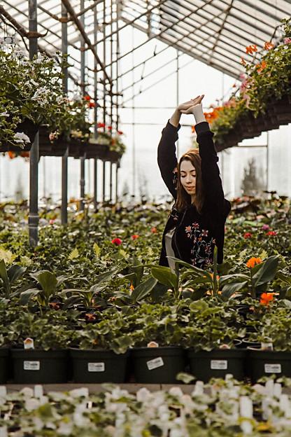 Edwards-Greenhouse-Senior-Photography.jp