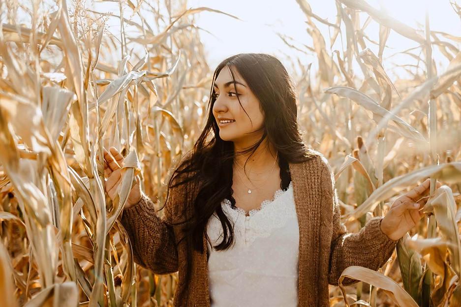 Senior-Photography-Fall-Farmstead.jpg