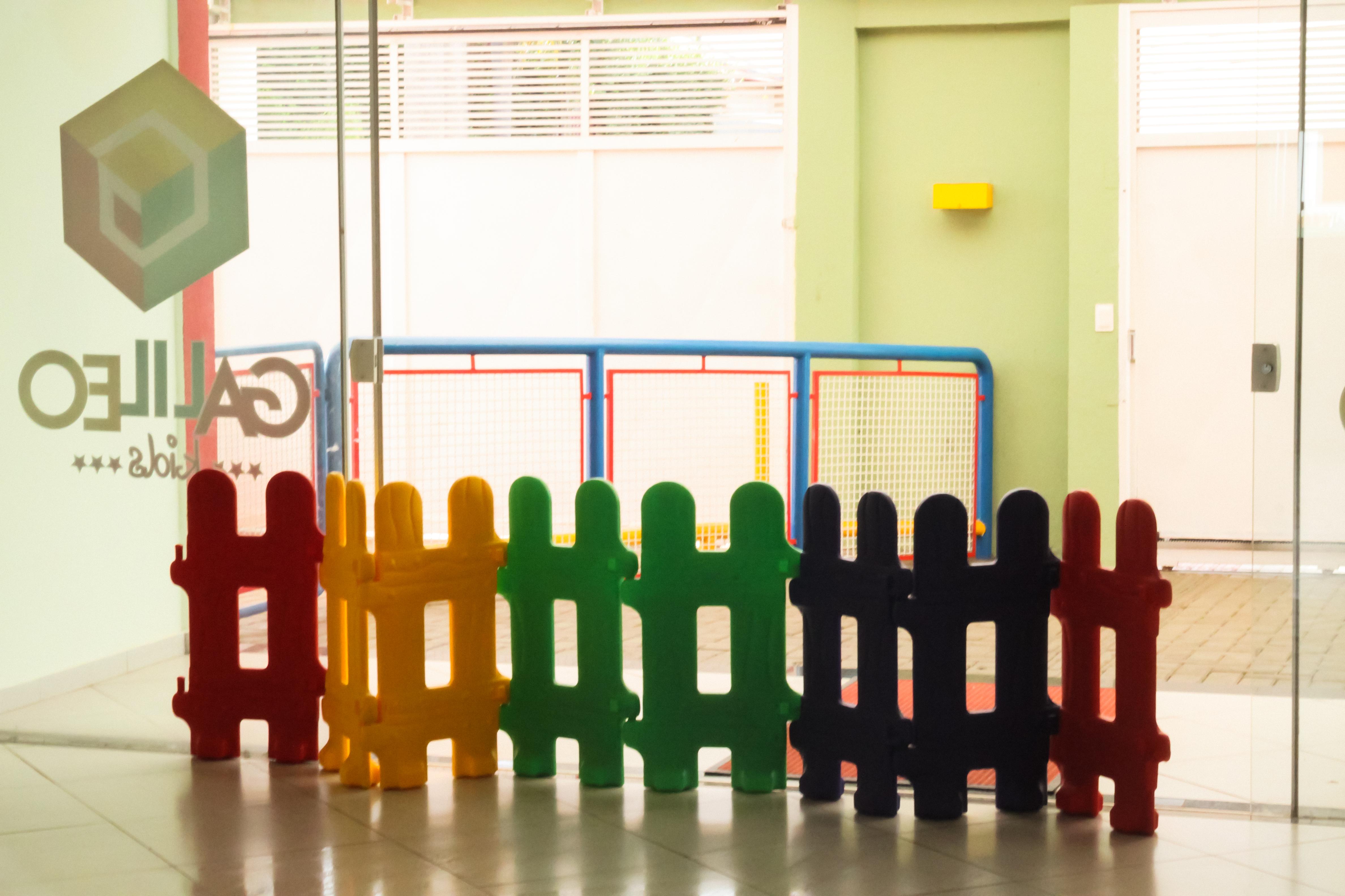 Escola Galileo Kids acesso de entrada e saida de pais, alunos e professores