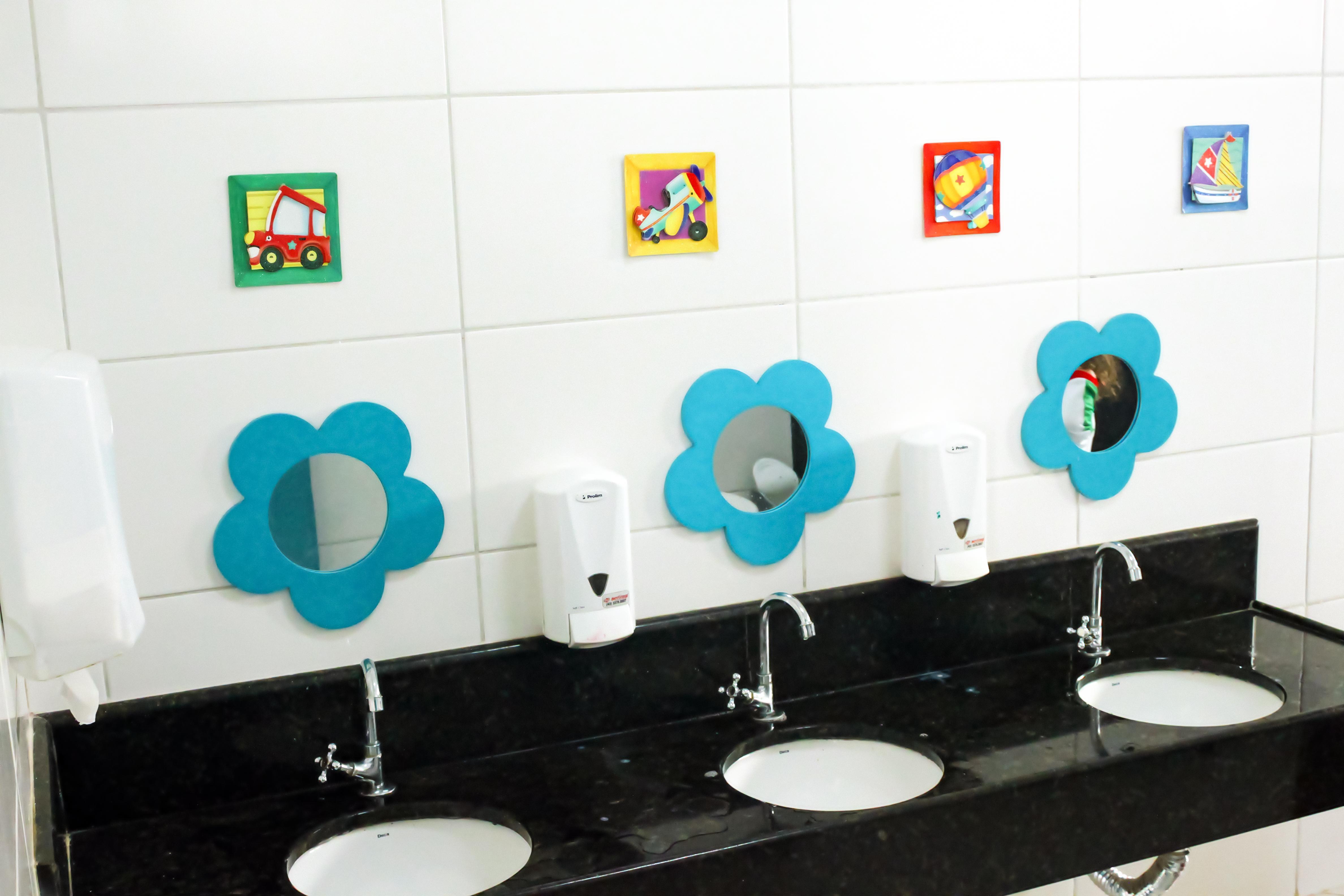Escola Galileo Kids Banheiro dos Meninos