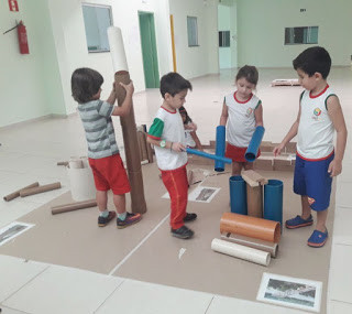 Valorizando o desenvolvimento infantil: estimulando e brincando