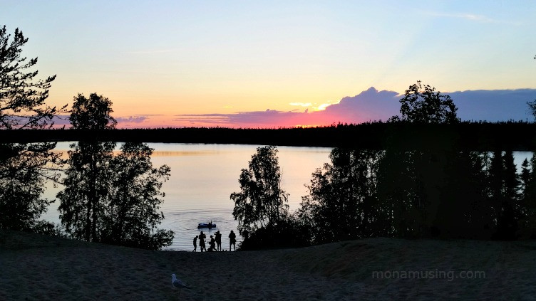 midnight sun in Yellowknife on the shore of Great Slave Lake