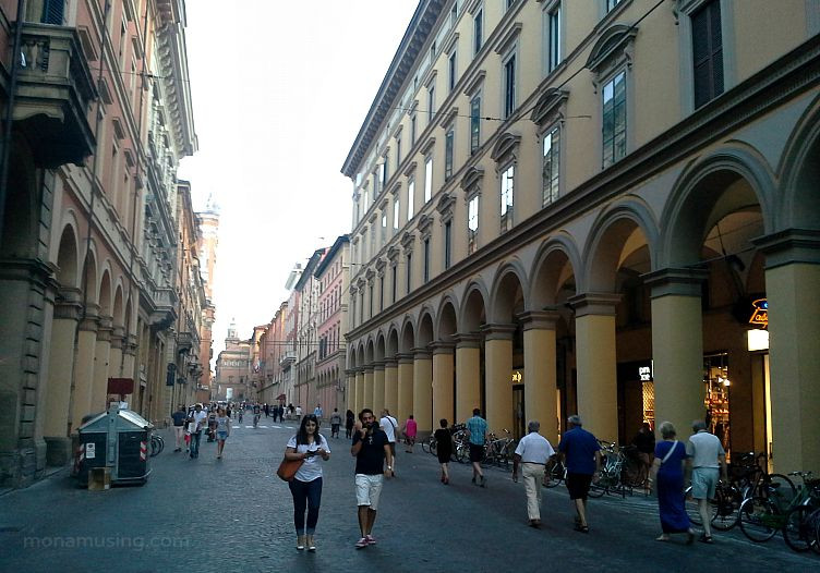 Bologna evening on one of the main shopping streets