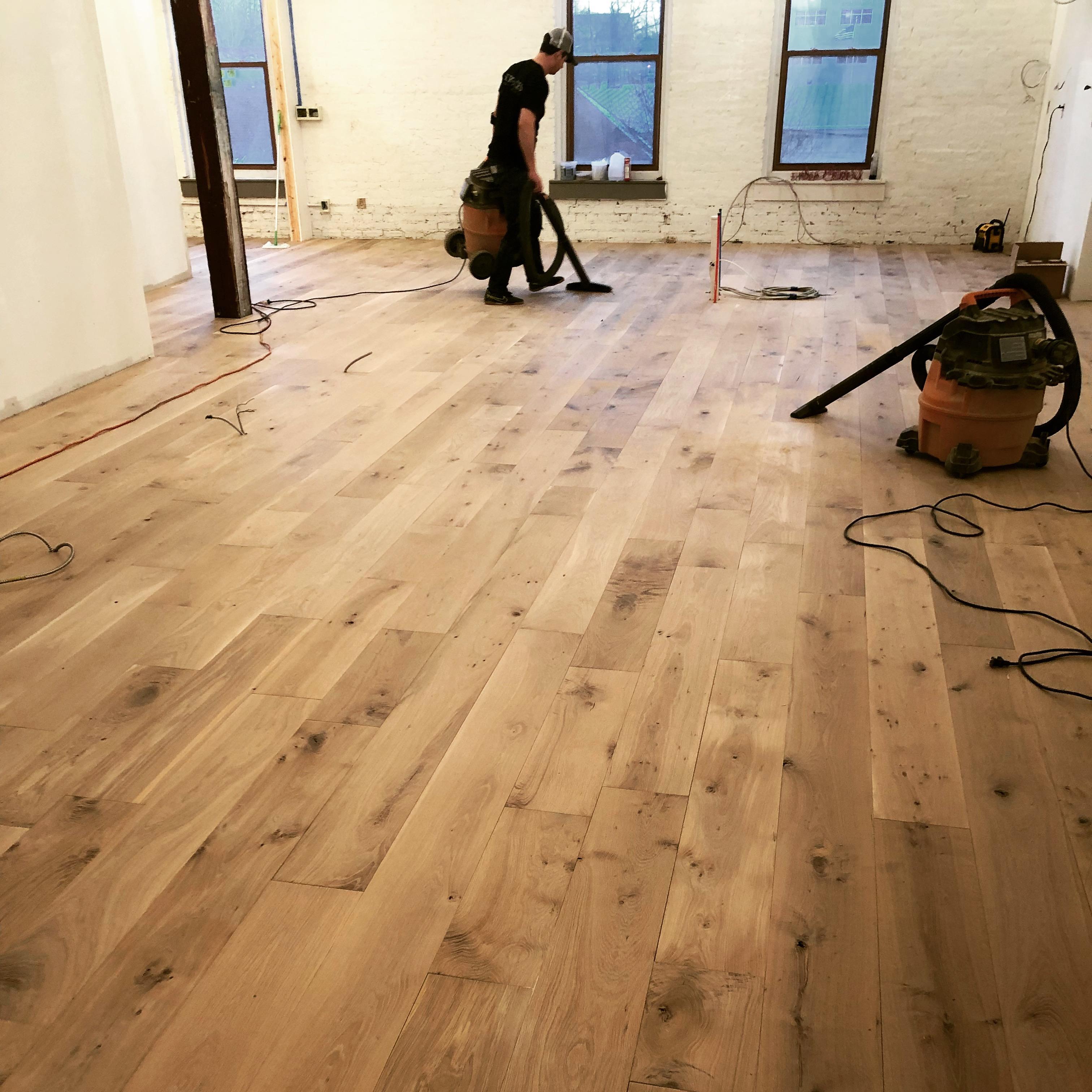 Live Sawn Character White Oak Flooring