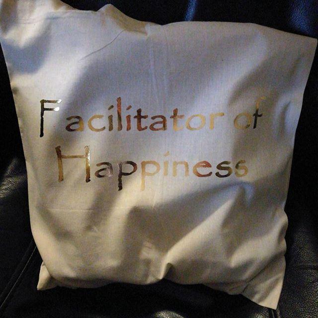 #facilitatorofhappiness #katfitness #designbybiril #totebag #gift #gave #osøyro