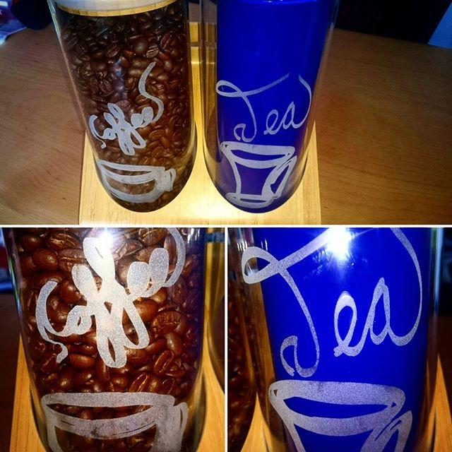 Sandblåst kaffe og te glass med egendesignet kaffe og te symbol #coffee #tea #sandblasting #custom #