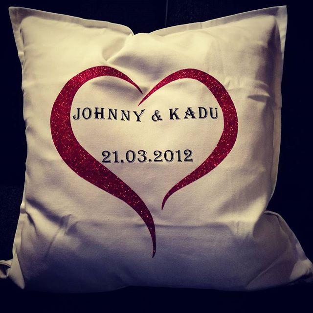 Gratulerer med dagen! #kjærleik #kjærlighet #love #bryllupsdag #wedding #aniversary #finefolk _lagun