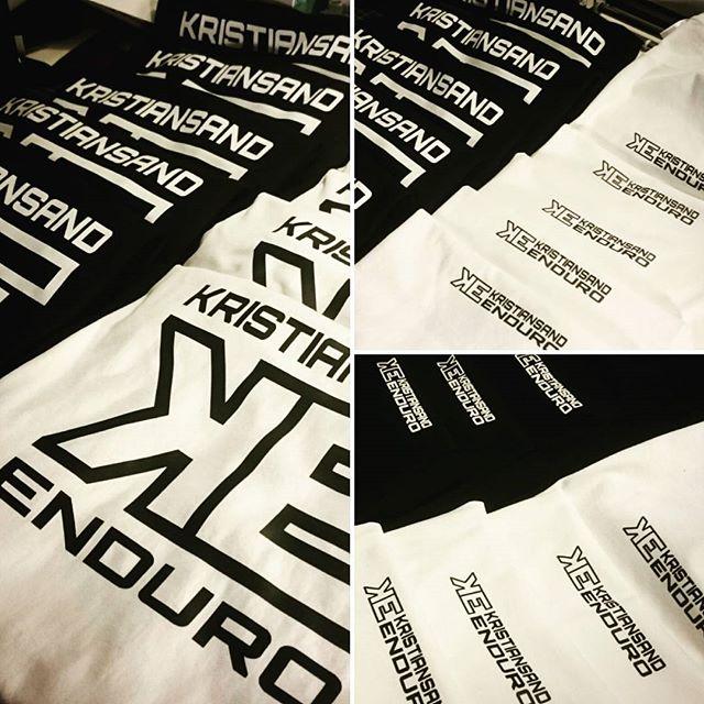 Ferdig med dagens bestilling av t-skjorter med front og baktrykk til #kristiansandenduro og _bangken
