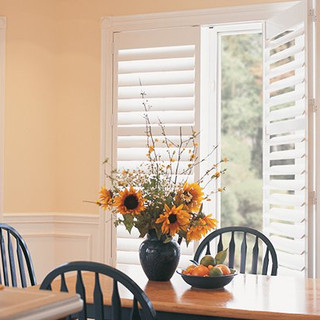 shutters-dining-warm.jpg