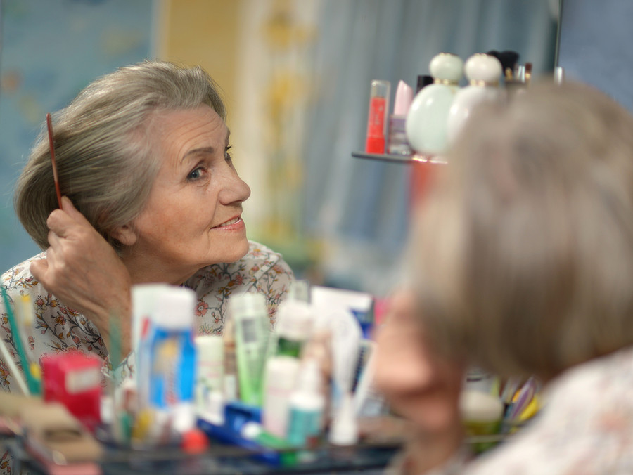Caregiver in Mecosta MI: Senior Bathing Tips