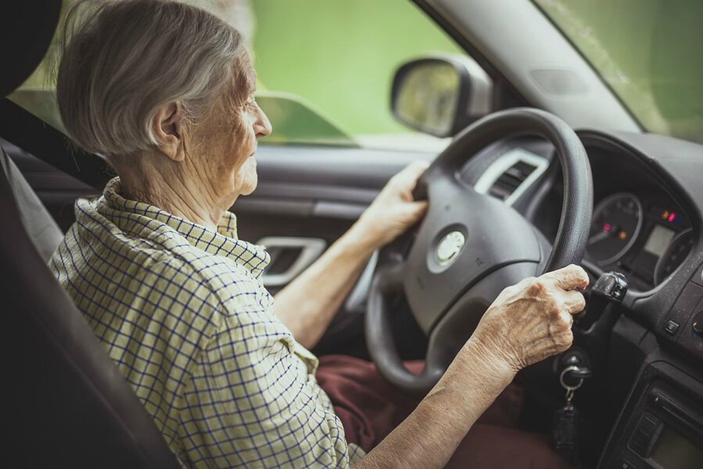 Home Care Services in Sanford Lake MI: Senior Driving Discussions
