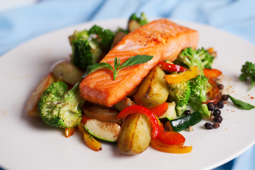 Caregiver in Sanford Lake MI: Healthy Eating Habits