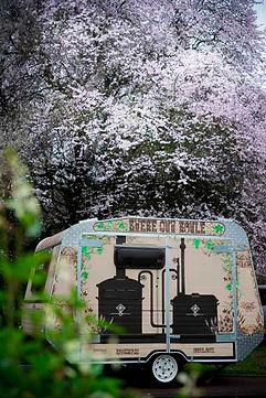 une micro-brasserie dans une caravane pour animer votre évènement