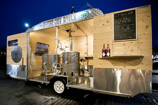 une caravane transformée en micro-brasserie