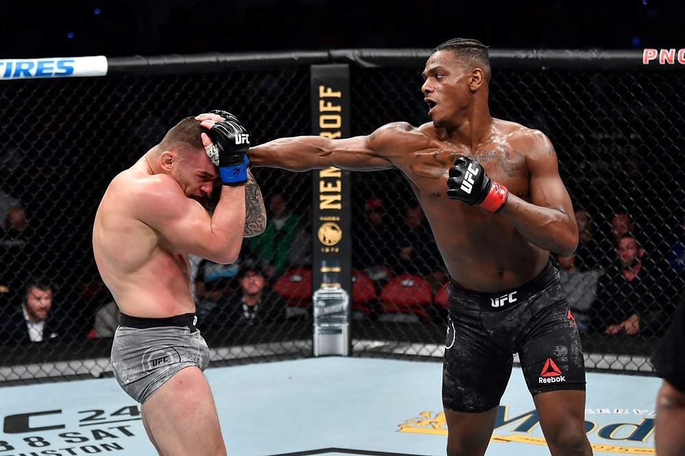 Black Lions own Jamahal Hills wins his UFC debut