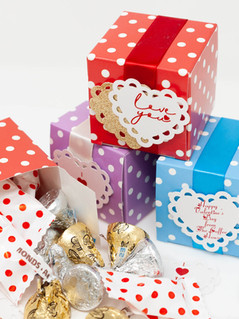 Polka Dot Favour Boxes