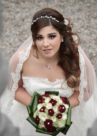 Portrait en couleur d'une mariée