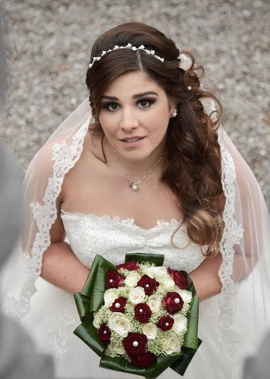 Photographie d'une mariée vue du dessus