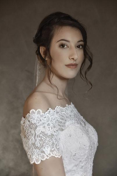 Portrait buste d'une mariée