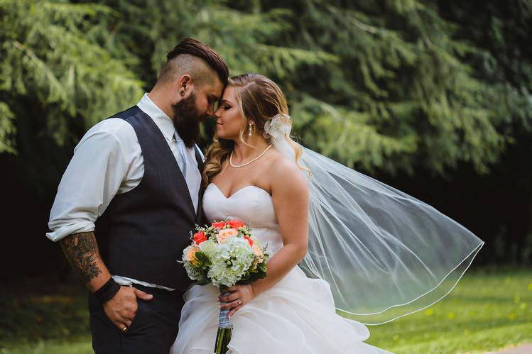 JessicaJosh-Steubenville,OH-Wedding-UnionCemetery-Portraits