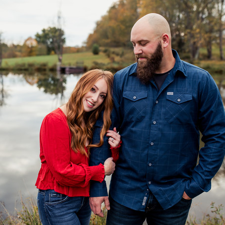 Devin and Lindsey's Fall Couple's Session | East Liverpool, OH