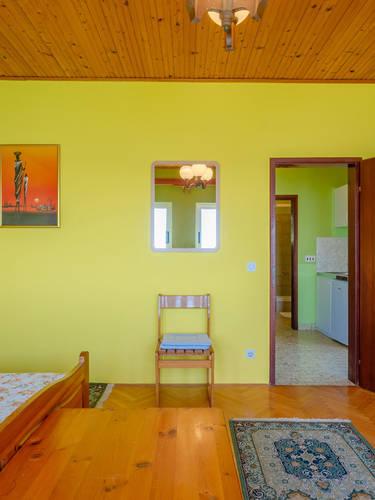 vuletic-apartment-c-bedroom1-07.jpg