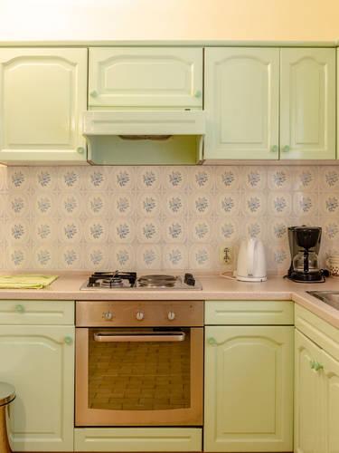vuletic-apartment-b-kitchen-03.jpg
