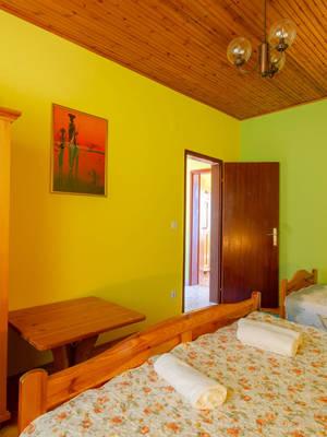 vuletic-apartment-c-bedroom2-02.jpg