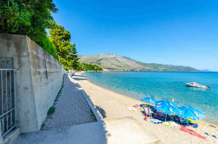 vuletic-beach-06.jpg