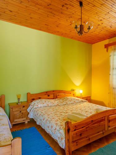 vuletic-apartment-c-bedroom2-01.jpg