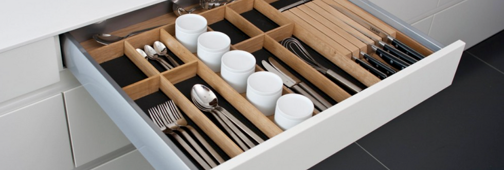 Q Box Luxe 2 - cutlery divider with knife blockand spice jars