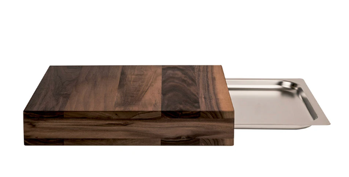 Chopping board with roasting pan