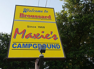 Maxies campground new sign_2.1.1.jpg