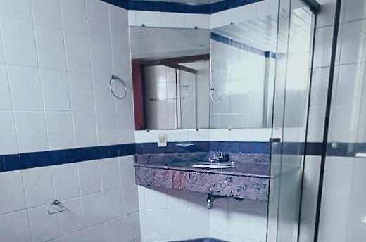 banheiro suite padrão visão geral.png