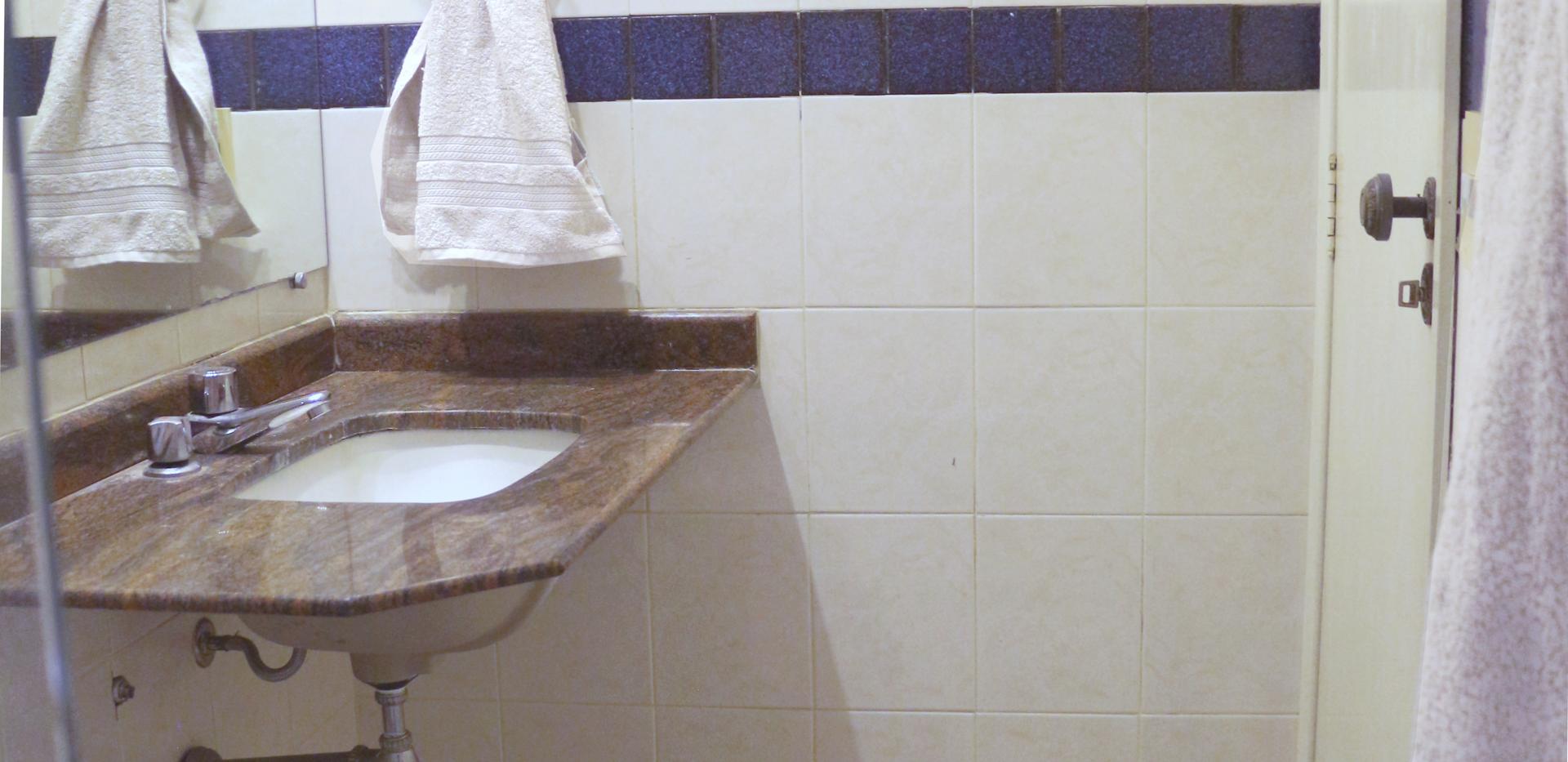 banheiro pia-porta flat amplo 2875.png