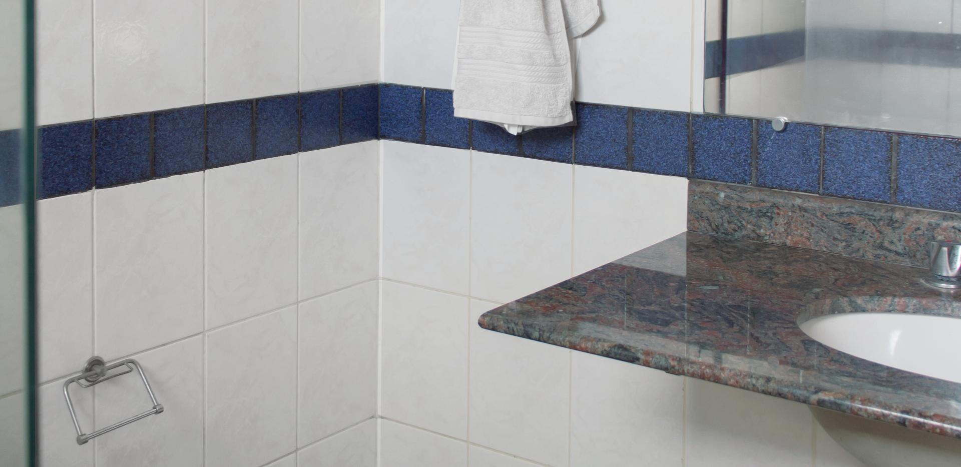 banheiro suíte single canto 2988.png