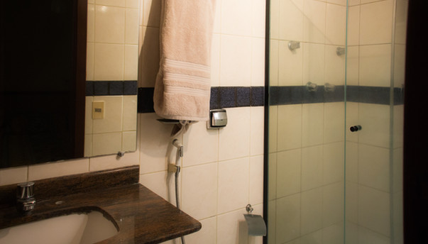 IMG_2899 banheiro noturna.jpg