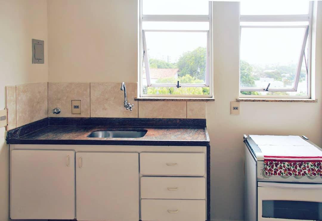 Cozinh (anterior à colocação de cerâmica)