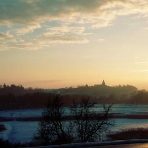 Wędrówka na zamek (Pierwsza podróż Snowida)