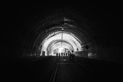 TUNNEL_MARCH