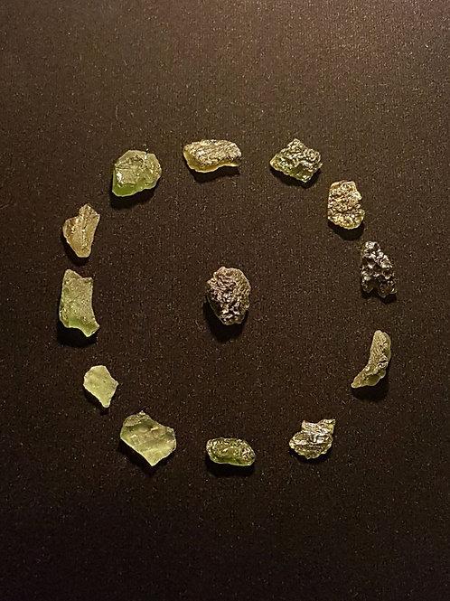 Moldavites x13 C 16,4g