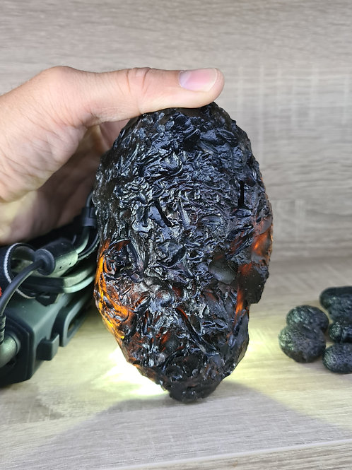 Colombianite A+++ 853g Highly Energetic Stone (natural Fabergé egg)