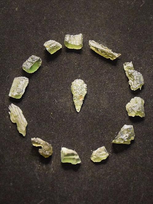Moldavite x 13 19g C, B, A